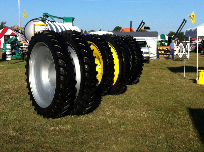 Farmfest-2012-Narrow-tires