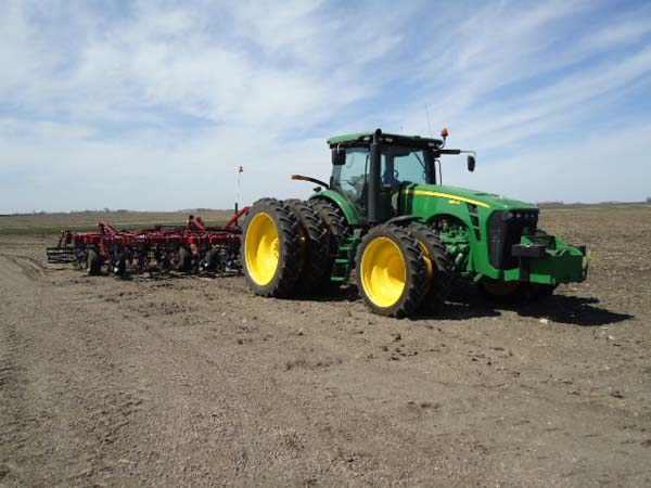 JD 8320R 380-90R54 and 320-80R42 006-