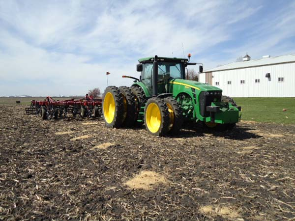 JD 8320R 380-90R54 and 320-80R42 011-
